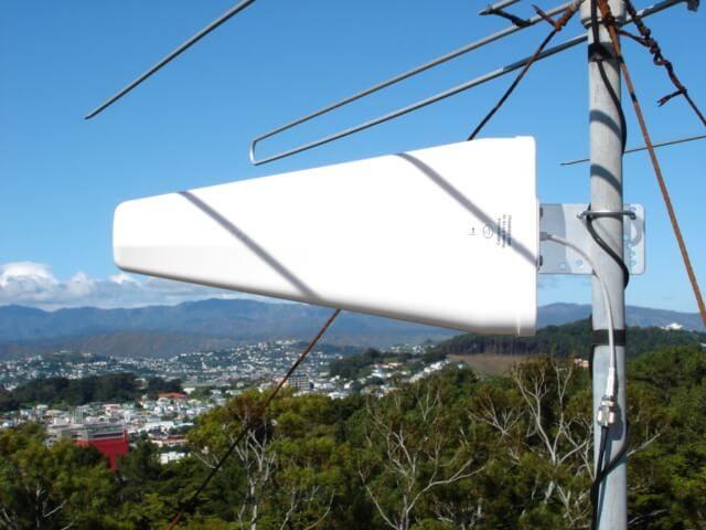 Rural Broadband antenna mounted on roof pole